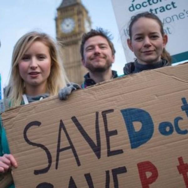 Лекарска стачка отмени над 125 000 операции