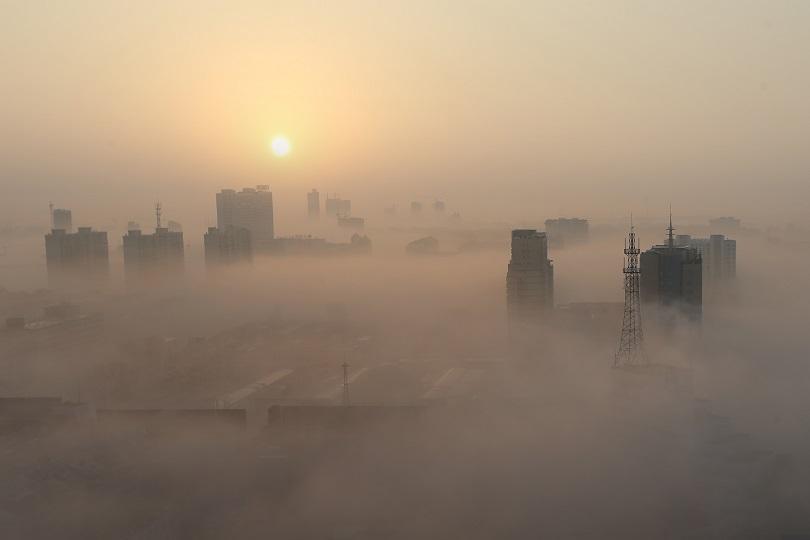 Жълт и оранжев код за мръсен въздух в неделя