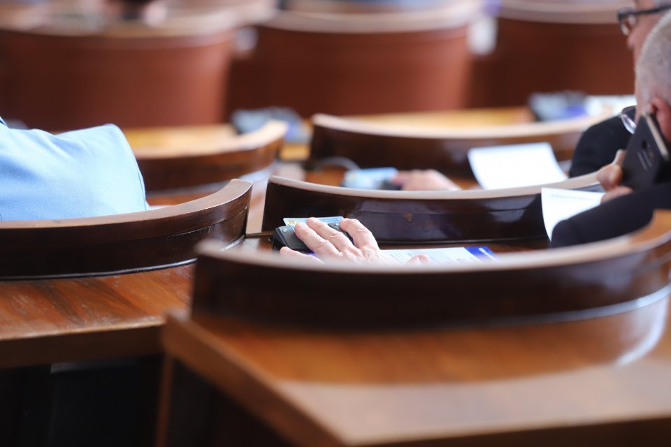 Депутатите се изгубиха в бюджета на НЗОК